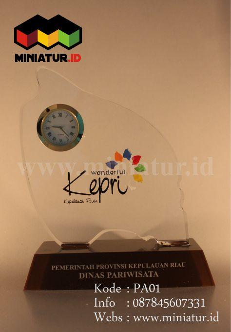Plakat Jam Akrilik - Miniatur ID