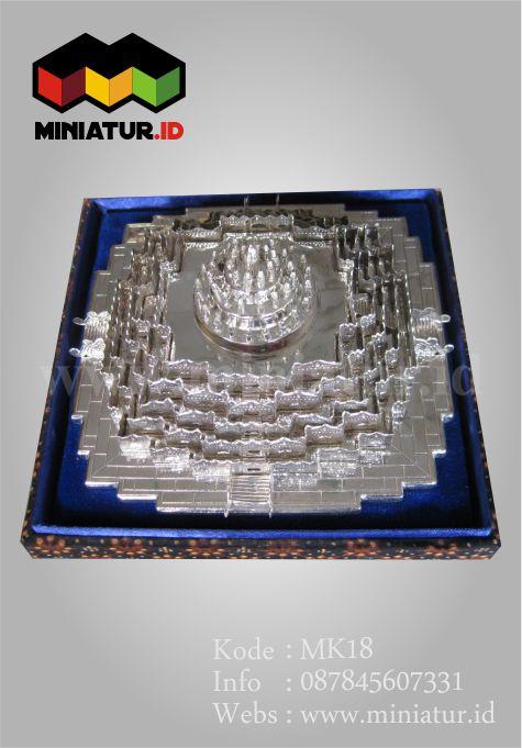 MK18-MINIATUaminiatu-perak-candi-borobudur