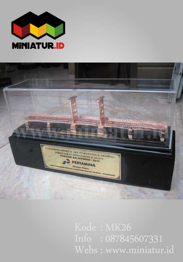miniatur-jembatan-ampera