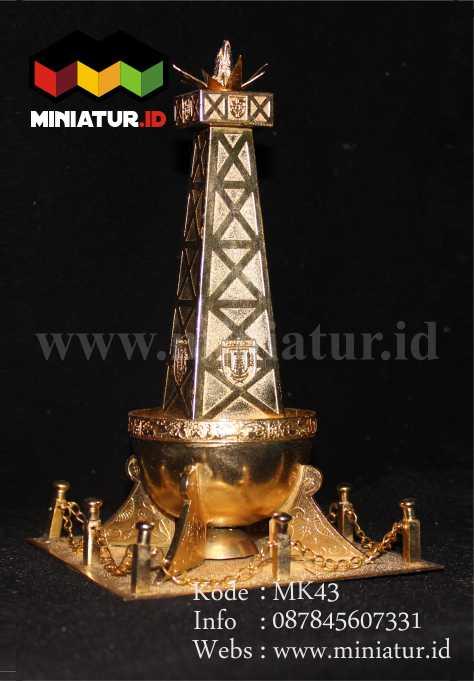 mk43-miniatur-tugu-tabalong