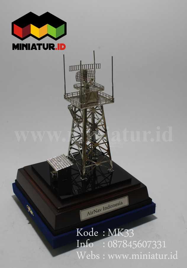 miniatur-tower-radar-bandara-miniatur-airnav-indonesia