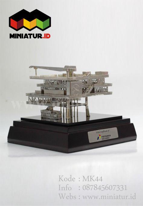 miniatur-rig-offshore