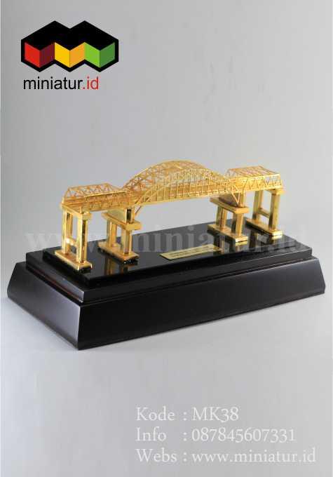 souvenir-miniatur-jembatan