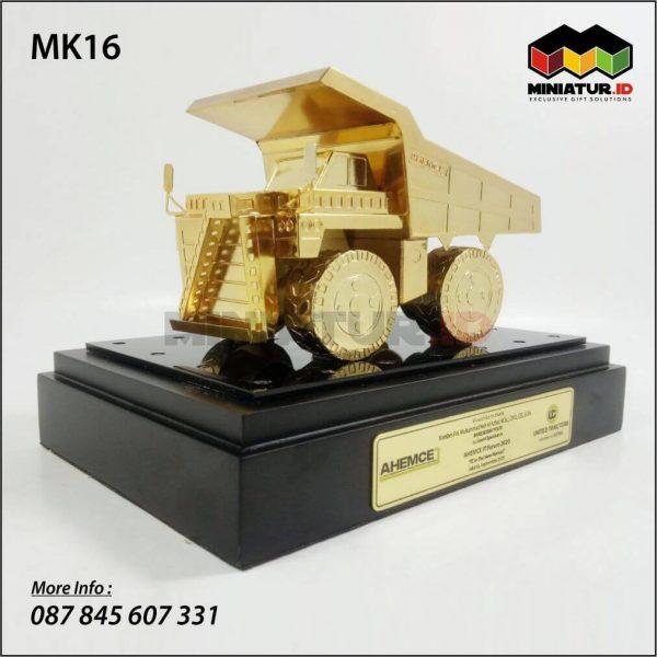 Miniatur Truck Tambang