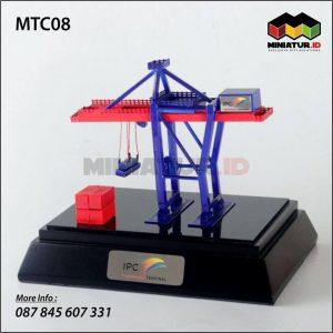 Miniatur Container Crane IPC