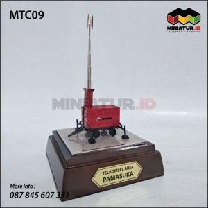 Miniatur Tower Telkomsel
