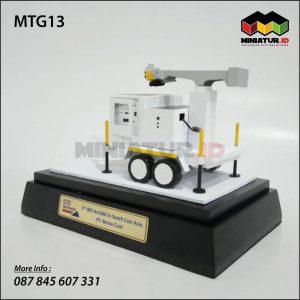 Miniatur Kendaraan Geo Radar Tambang Batubara
