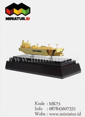 MK73-Miniatur-Kapal-Minyak-Pertamina